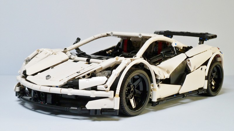SBrick sample white car